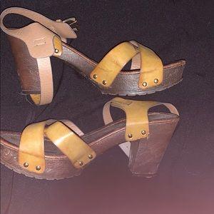 High heels leather